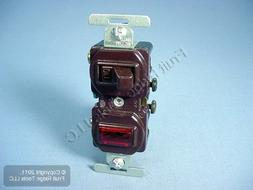 Eaton 277B 15 Amp Single Pole Combination Toggle Switch and