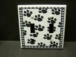 BLACK AND WHITE PAW PRINTS   IMAGE 1 LIGHT SWITCH COVER PLAT